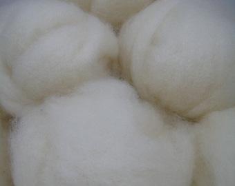 Romney wool fiber, family farm raised - 4 oz