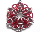 Chainmaille Christmas ornament, Star, Red and silver
