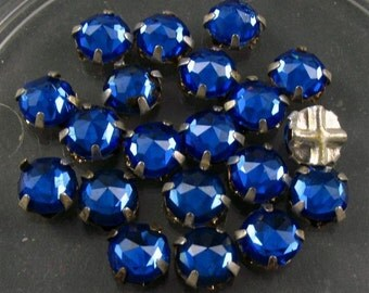 Vintage Rose Montee 5.5mm Sew Ons - Sapphire Blue/Silver Setting