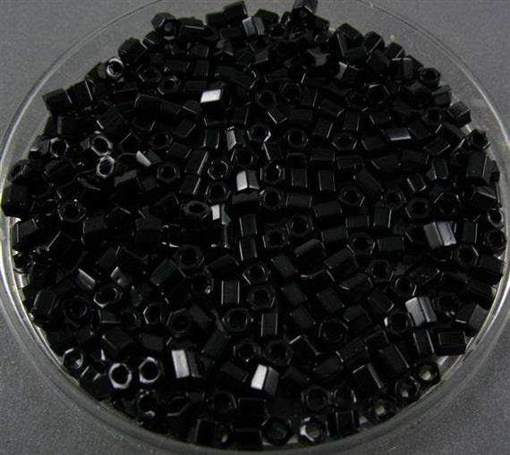 RESERVE TOHO 8/0 Glass Hexagon Beads - Jet Black