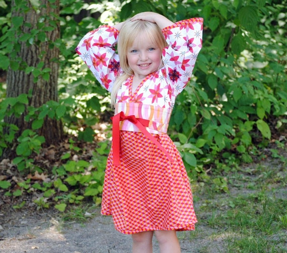 Blooming Flowers Kimono Dress for girls and toddler girls, Children Clothing, Girl Dresses, red dress Size 2T 3T 4T 5 6 7 8