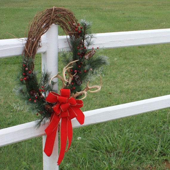 Items similar to christmas wreath with deer antlers and for Antler christmas wreath