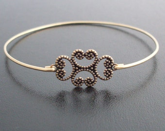 Clover Bangle Bracelet, Karlia, Clover Bracelet, Clover Jewelry, Swirl Bracelet, Swirl Jewelry, Thin Gold Bangle Band, Thin gold Bracelet