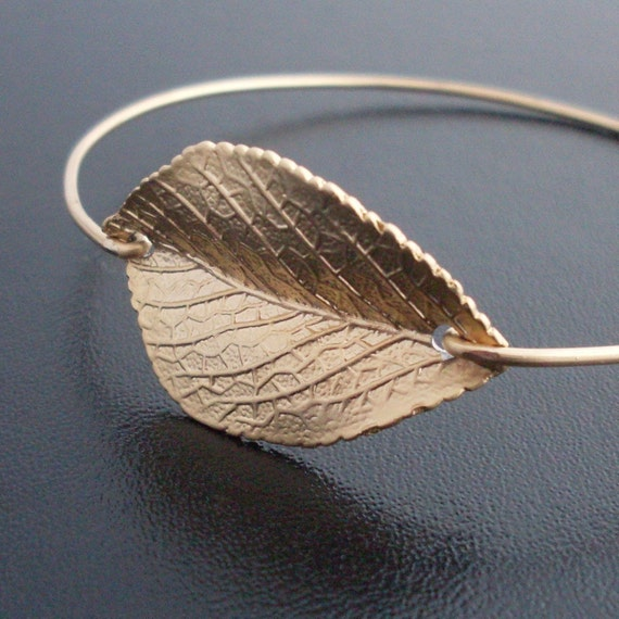 Leaf Bracelet, Gold Plated Charm, Fall Leaf Jewelry, Nature Jewelry, Fall Wedding, Fall Bridesmaid, Nature Bracelet, Leaf Bangle Bracelet