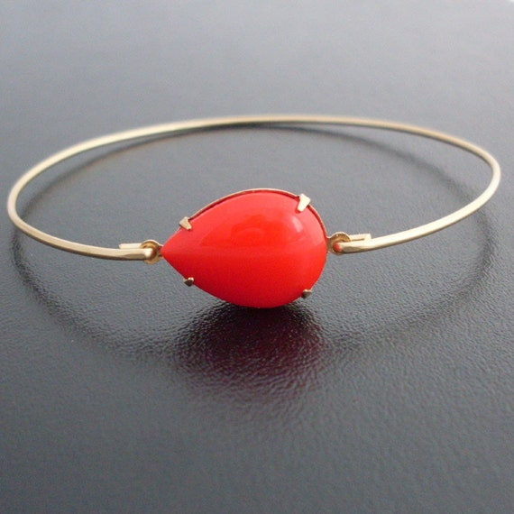 Red Bracelet, Marena - Red and Gold Bracelet, Red and Gold Jewelry, Vintage Glass Drop, Red Glass Bangle, Red Bangle Bracelet, Red Jewelry