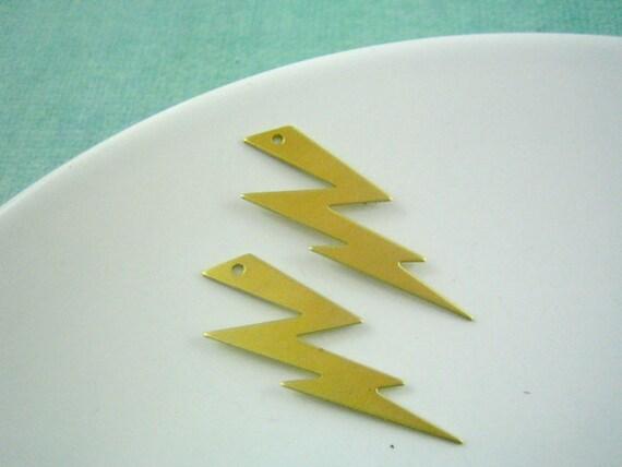 2 pc LIGHTNING embellishment raw brass pendants (PT0079)