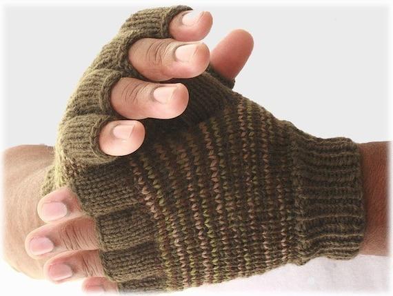 Men's fingerless gloves great outdoors