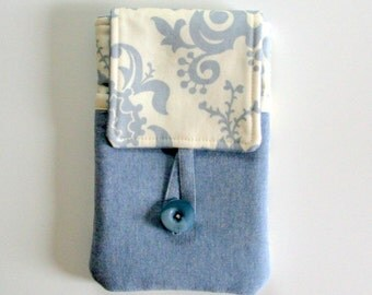 Padded Kindle 3 sleeve with front pocket and button closure
