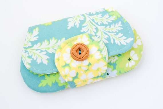 Pocket Clutch - Picnic Bouquet in Lagoon
