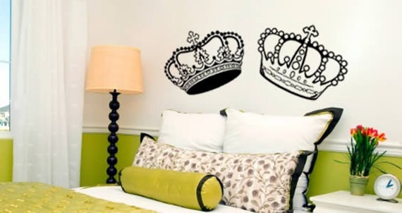 A Crown affair - set of 2 vinyl art graphics