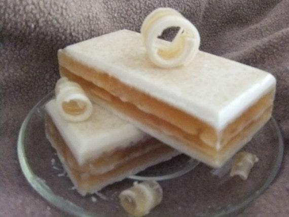 Honey and Oats Shampoo Bar