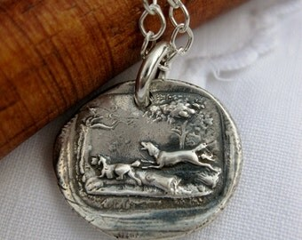 Wax seal pendant in fine silver hunting dogs