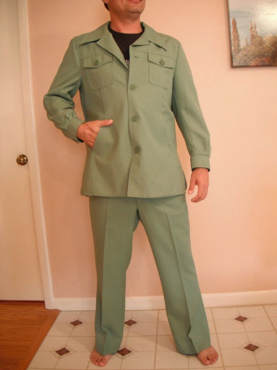 Leisure Suit - vintage green 1970s - FREE SHIPPING
