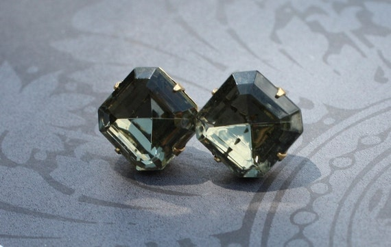 Bridesmaids Earrings, Bridal Earrings, Earings, Stud Earrings, Post Earrings, Rhinestone Earrings, Faceted, Black Diamond, Dark Grey, Gray