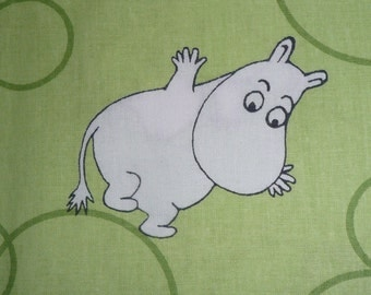 Moomin fabric lime green background small characters cotton tillukka