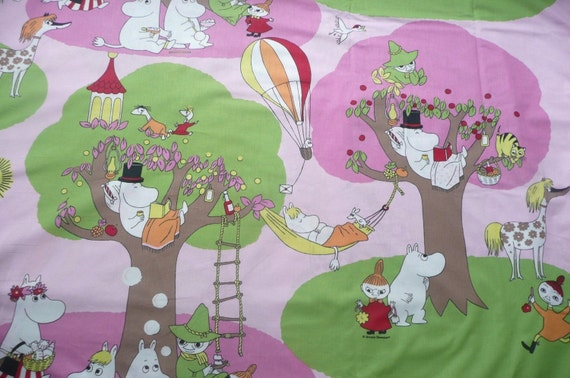 Moomin fabric Moomins on a summer holiday pink background