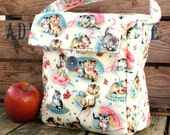 Insulated Lunch Bag in Kittens
