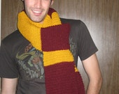 Harry's gryffindor scarf
