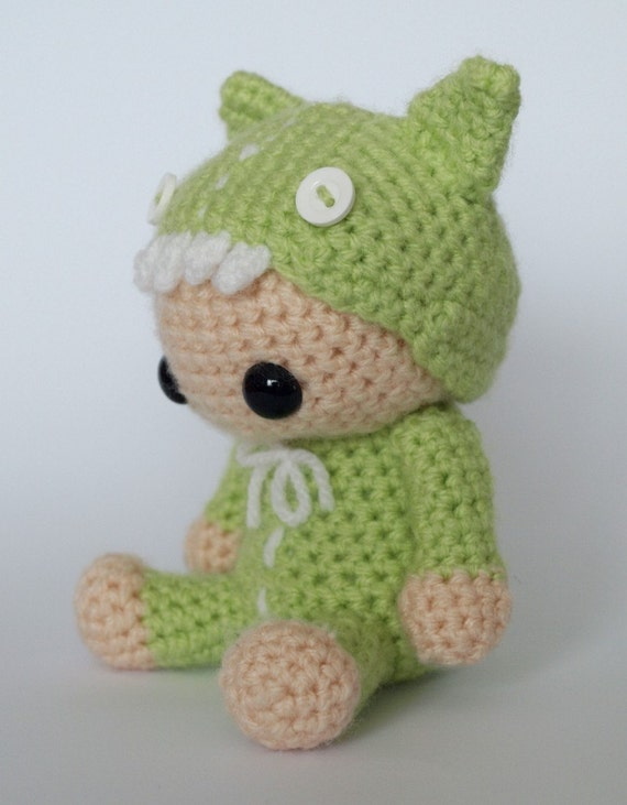 Amigurumi Monster Patterns : Rawr Monster Costume Amigurumi Crochet Pattern