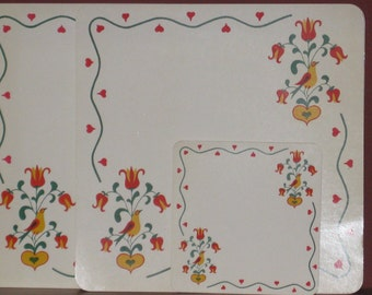 Folksy luncheon placemats and coasters laminated paper Hearts Birds and Tulips Decorative Kitchen