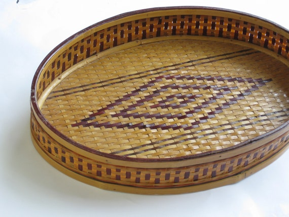 Vintage Tribal Tray Oval Wall Hanging Decorative Basket Woven Tray Diamond Geomtric Pattern Natural with Brown Weave