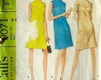 60s Vintage Pattern Shift Dress McCalls 9071 Band Collar V Yoke, Bust 36