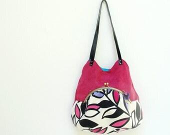 Akita Bag, Retro Leaves Vibrant Colors, Fuchsia and Turquoise Kiss lock Purse