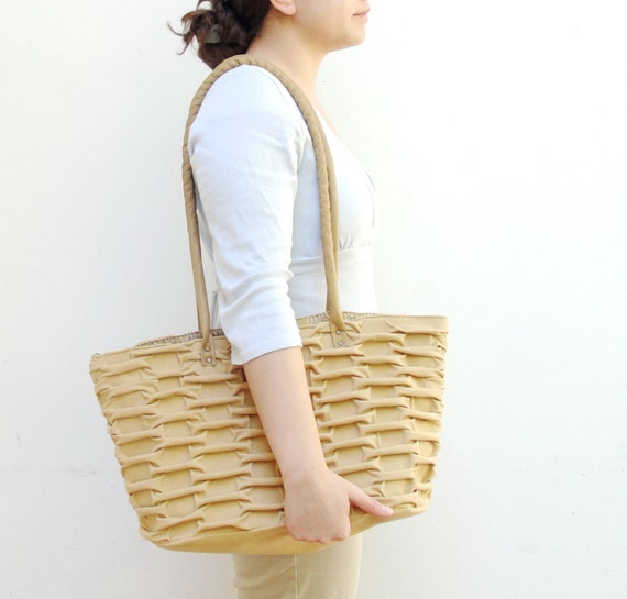 Smocked Creamy Brick Bag