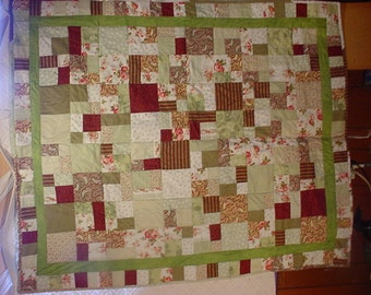 Quilt Throw/wall hanging Green Floral Quilt  97