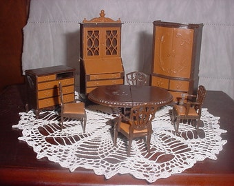 Doll House miniature dining room