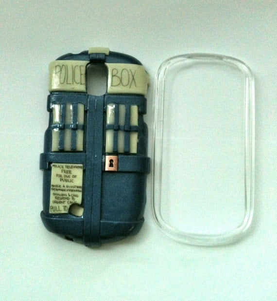 Doctor Who inspired TARDIS Samsung Galaxy Q hard cover case (GLOWS in the dark)