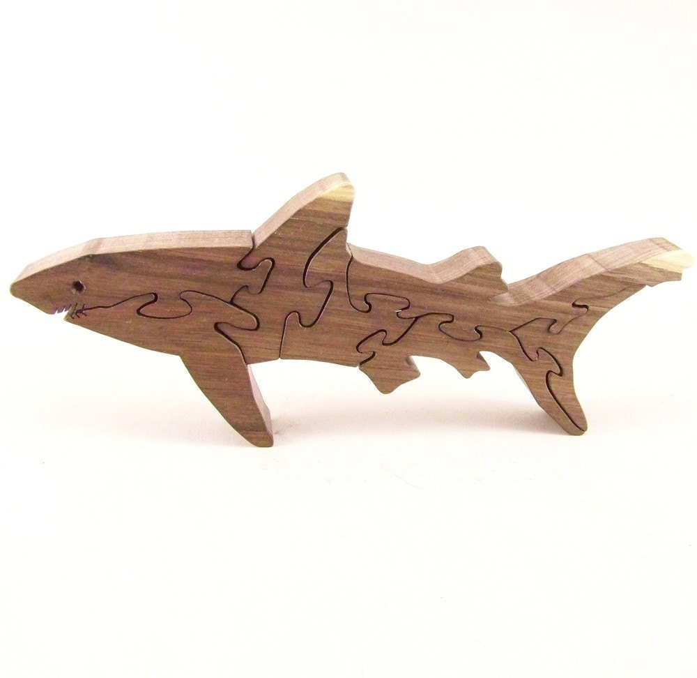 Shark Walnut Hardwood Stand Up Puzzle