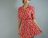 80s dress day dress - RED calico floral dress w/ FULL skirt / pearl buttons / Shirtwaist Dress S/M Small Medium