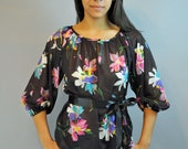 60s blouse SHEER floral PEASANT blouse / vintage Retro Print bohemian hippie top S / M small / medium