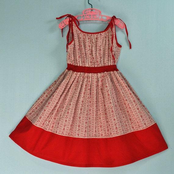 50s little GIRLS cotton SUN dress w/ full skirt - retro heart print play dress sleeveless w/ shoulder ties SIZE 6 6x 7