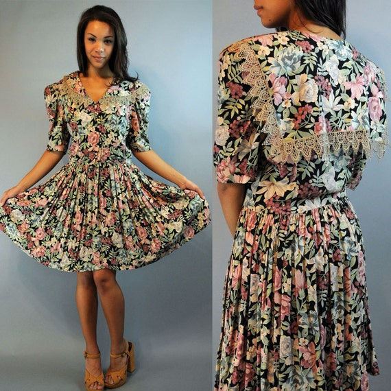Vintage 80s dress Romantic Floral Dress / Full Skirt Dress | 570 x 570 jpeg 81kB