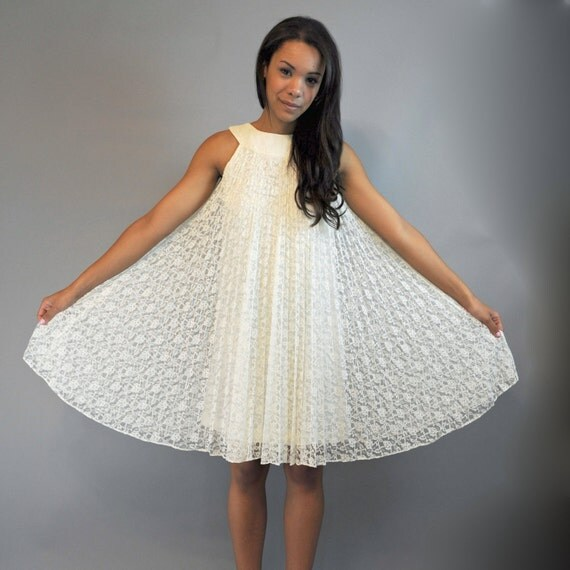 60s Dress MOD dress / lace PARTY dress / vintage Mad Men cocktail dress w/ micro pleat lace s / m small / medium