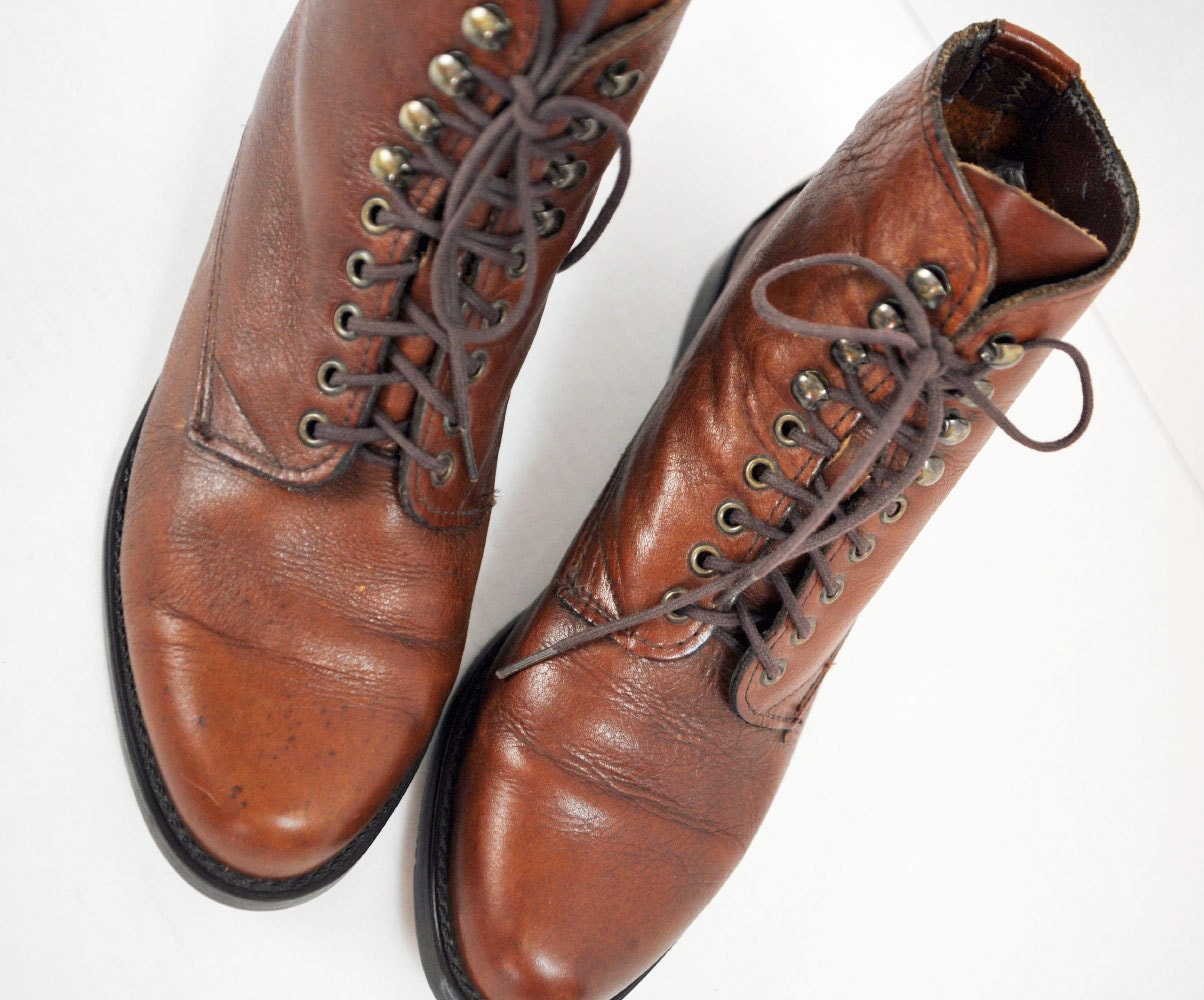 80s brown leather LACE UP ankle boots distressed leather