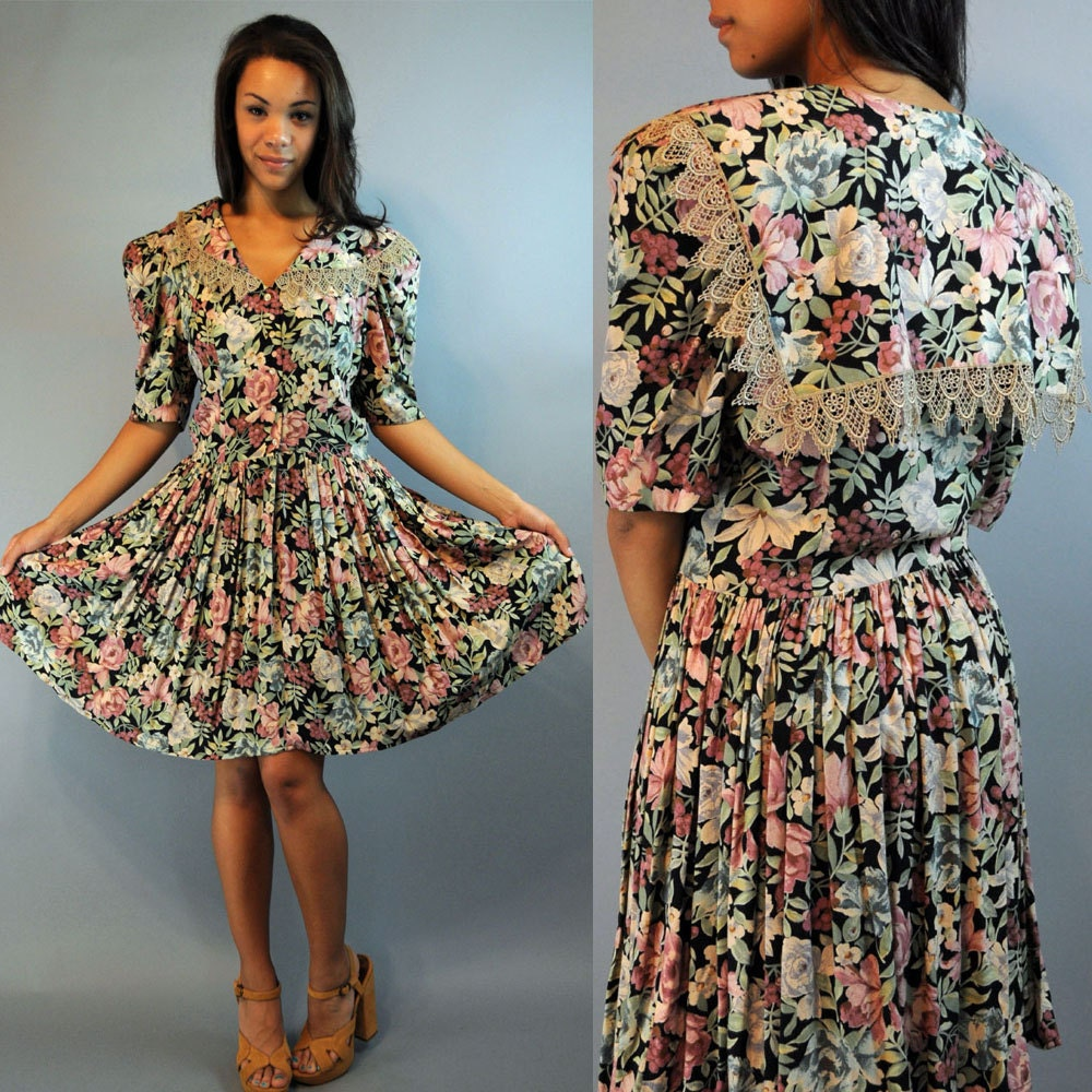 Flower Dress: Vintage 80s Dress Romantic Floral Dress / Full Skirt Dress
