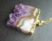 Purple Hills - Amethyst geode on a 14K gold chain - necklace