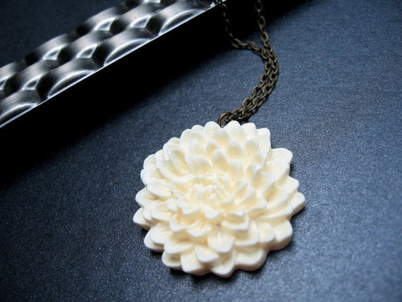 Flower Necklace, Ivory Mum Cabochon, Antique Brass Chain - Mum's The Word