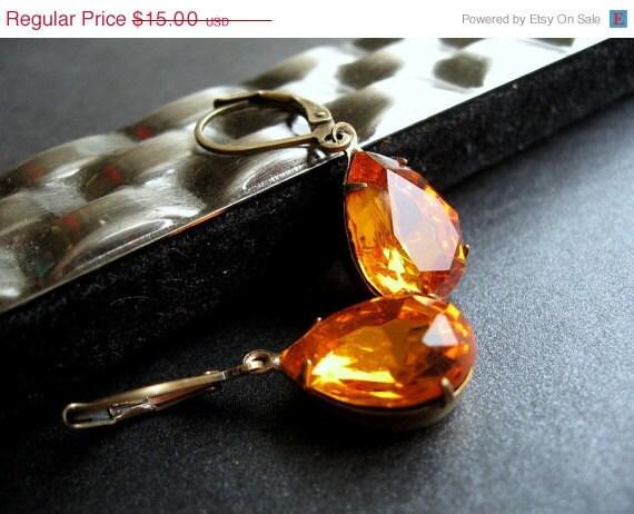 Amber Jewel Earrings, Vintage Glass Honey Crystals, Burnt Orange, Antiqued Brass Leverbacks