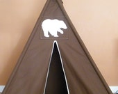 Grizzly Silhouette Teepee with Window - Free US Shipping