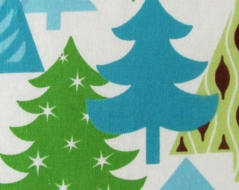 Robert Kaufman Sparkle All the Way in Snow Clearance  -  by the Yard