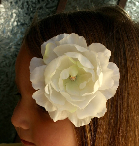 Large White Boutique Flower Clip for Adults or Children