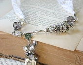 The White Queen's Choker