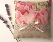 Scented Sachet, Organic Lavender Flowers, Natural Linen and Lace, Provence, France - PEONIES AND LACE