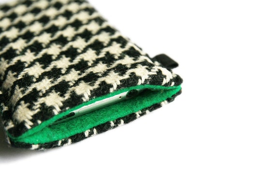slim iPhone case in black and white houndstooth merino wool Tweed with emerald green felt lining