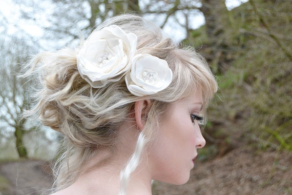 Bridal Ivory Silk Flower Pin Set Wedding Accessories