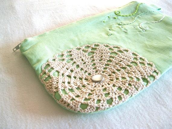 CIJ SALE - Easy Breezy - Linen Cotton Handmade Crochet Doily Applique Pouch Pencil Case